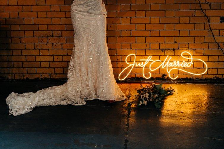 An Urban Wedding Styled Shoot at Kelham Island Museum (c) Veil & Gun Photography (7)