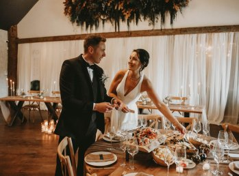Luxe Rustic Wedding Shoot at The Grand Lodge at Oaklands (c) Louise Pollitt Photography (11)