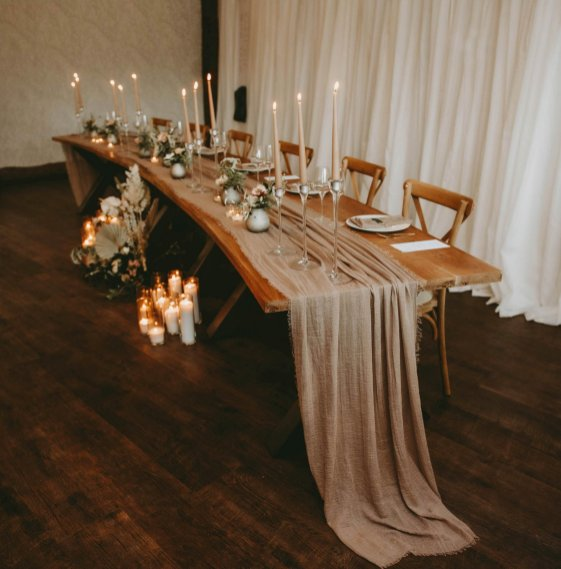 Luxe Rustic Wedding Shoot at The Grand Lodge at Oaklands (c) Louise Pollitt Photography (4)