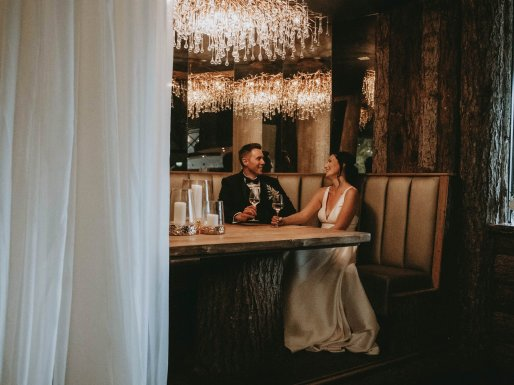 Luxe Rustic Wedding Shoot at The Grand Lodge at Oaklands (c) Louise Pollitt Photography (40)