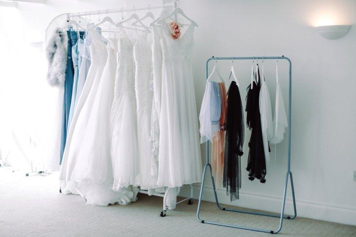 A Colourful Bridal Fashion Shoot at Deighton Lodge (c) Sasha Lee Photography (1)