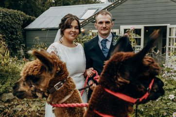 A Rustic Wedding at The Parlour at Blagdon (c) Chocolate Chip Photography (35)