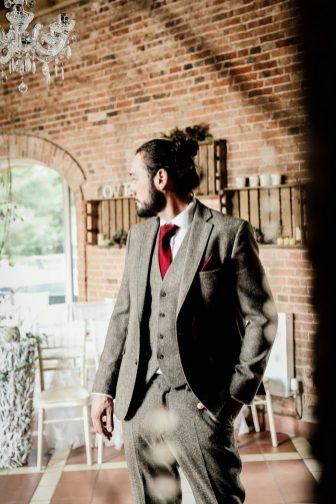 An Eclectic Wedding Shoot at Elsham Hall (c) Jasmine Cottage Studio (16)
