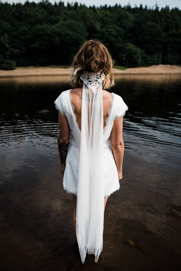 Waterside boho wedding shoot at Damflask Reservoir (c) Fox Moon Photography (26)