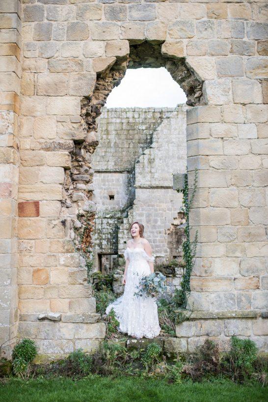 Jervaulx Abbey Wedding Photography (c) Jane Beadnell Photography (3)