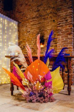 A Colourful Wedding at Barmbyfield Barns (c) Hamish Irvine Photographer (25)