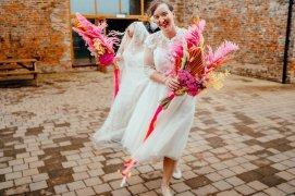 A Colourful Wedding at Barmbyfield Barns (c) Hamish Irvine Photographer (36)