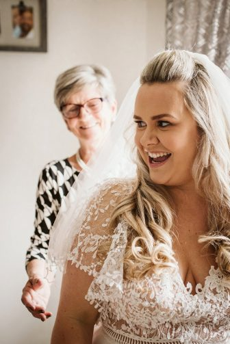 A Rustic Wedding In Loversall (c) Hannah Brooke Photography (16)