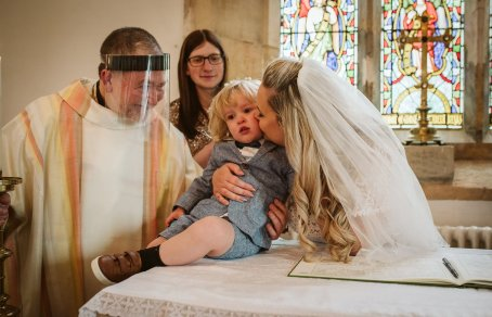 A Rustic Wedding In Loversall (c) Hannah Brooke Photography (41)