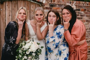 A Barn Wedding at The Oakwood at Ryther (c) Heather Butterworth Photography (9)