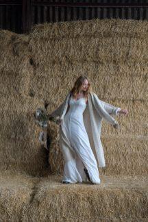An Elopement Inspiration Shoot at Owen House Barn (c) Kellianne Newniss (28)