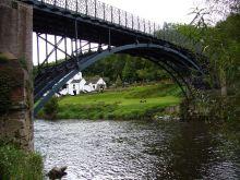 Coalport_bridge_-_panoramio