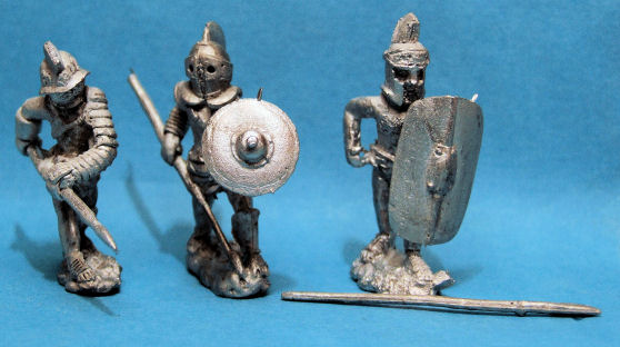 Provocator with spear x 2, Hoplomachus with spear