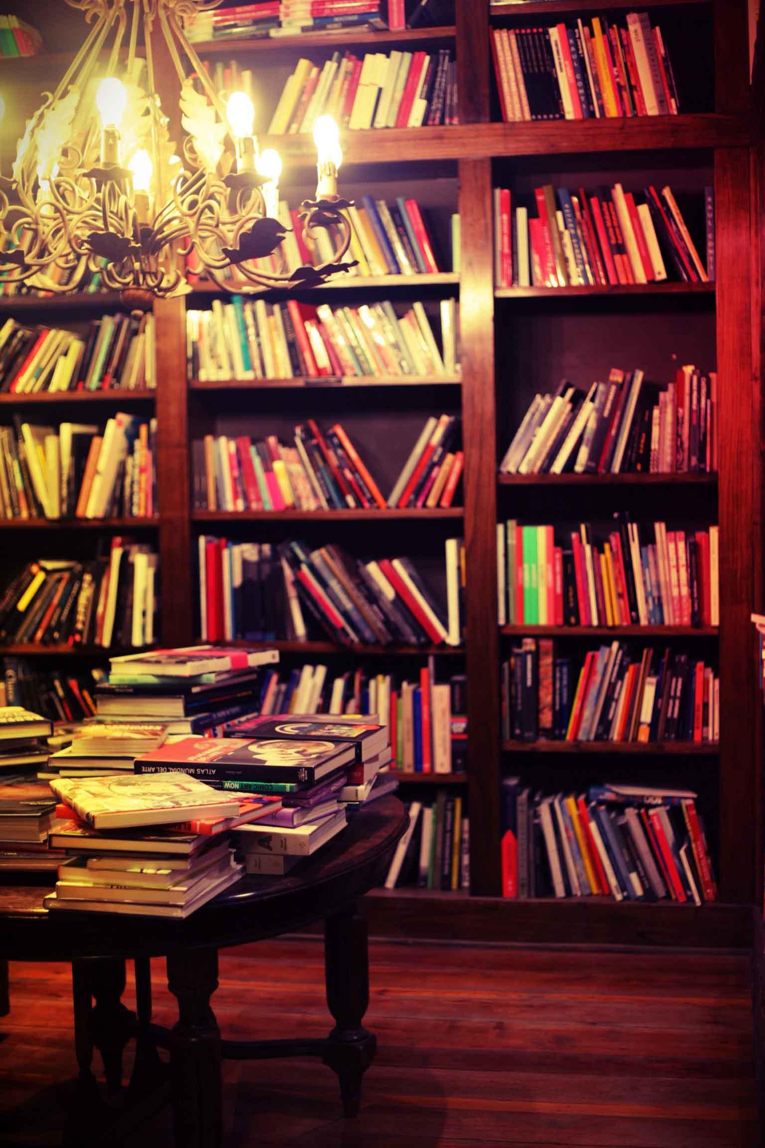 Eterna Cadencia books