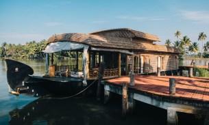 The best houseboat in Alleppey, Kerala