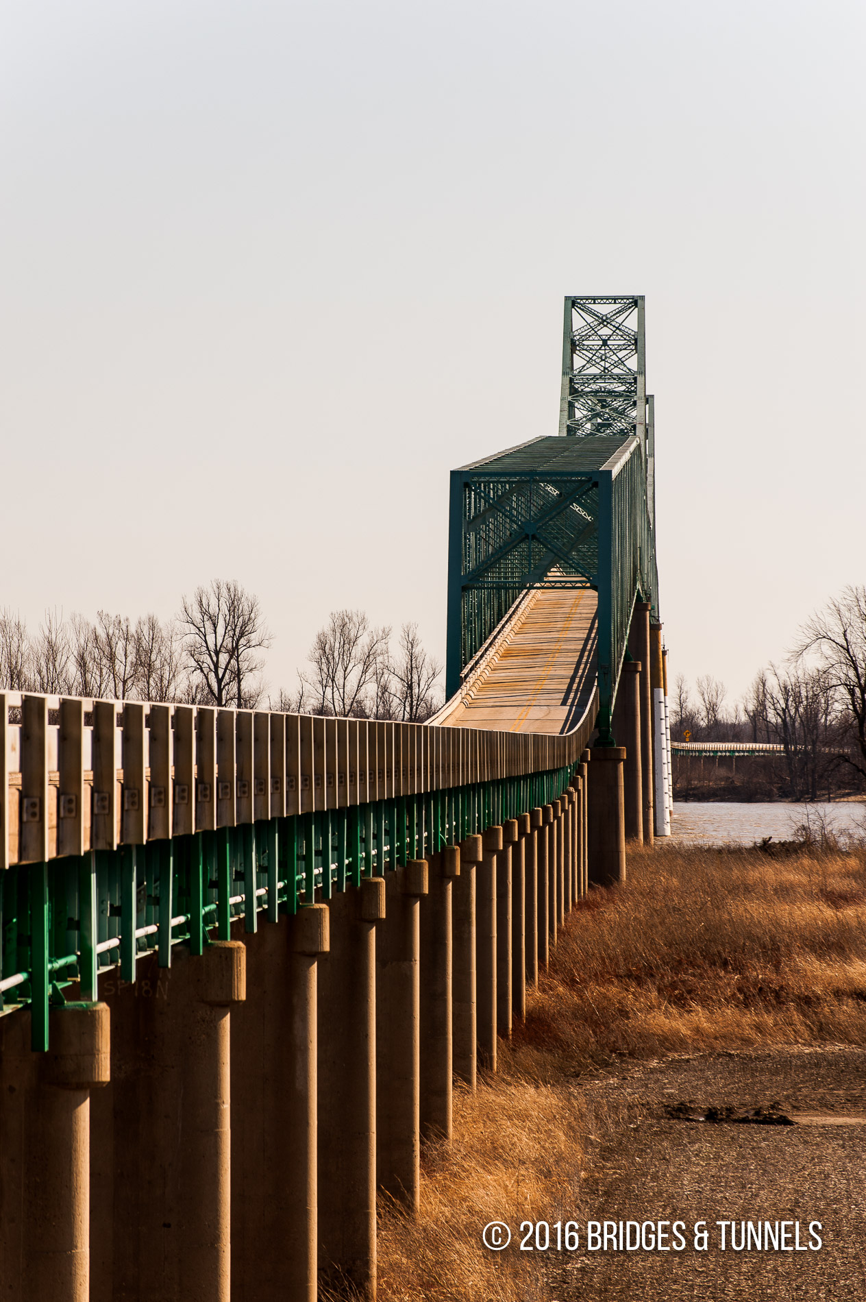 Cairo Bridge (US 60, US 62)