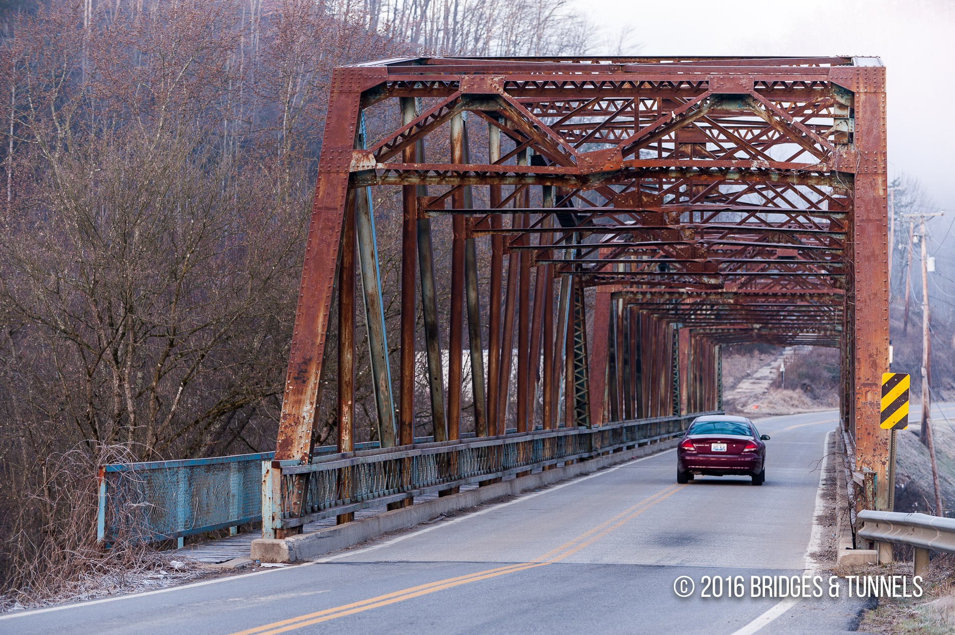 Combs Bridge (KY 80)