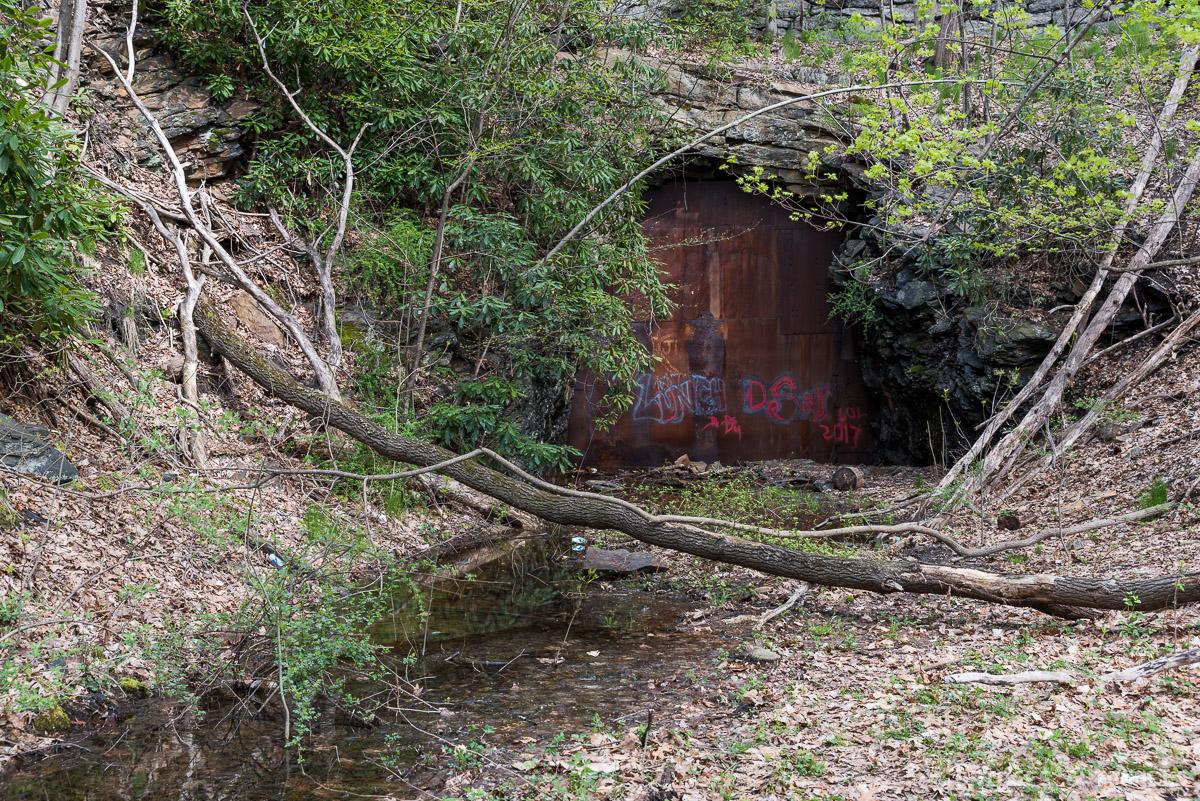 Hauto Tunnel