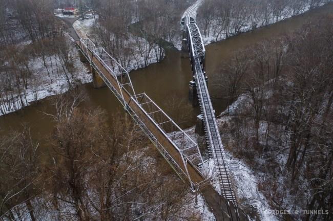 Walbridge Bridge and Walbridge Railroad Bridge