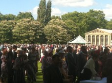 An intimate gathering of 6000
