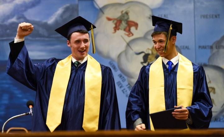 Graduation C 10