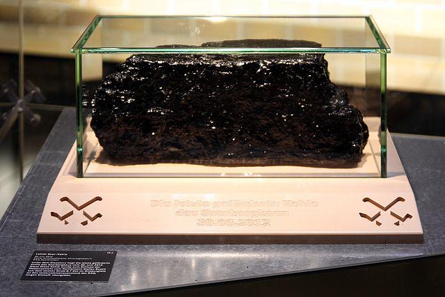 Das letzte im Saarland geförderte Stück Steinkohle - Quelle: Wikipedia/Stefan Oemisch [2]