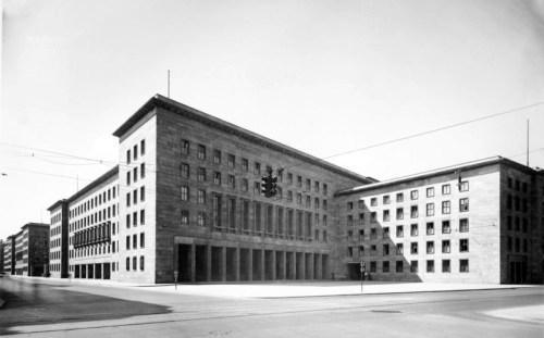 Das Reichsluftfahrtministerium in Berlin - Abbildung: Bundesarchiv [1]