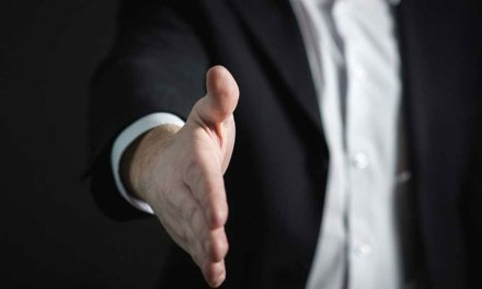 BNP Paribas : ce que comprend la formule avec conseiller bancaire payant