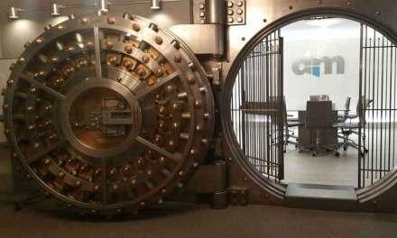 En catimini, Bercy met fin au secret bancaire sur les coffres-forts
