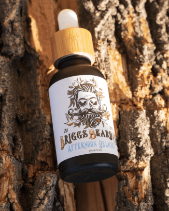 Briggs Beard Oil Afternoon Delight Scent in tree bark