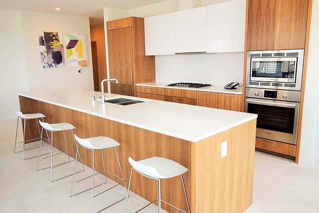 Gourmet kitchens with Bosch and Sub-Zero appliances