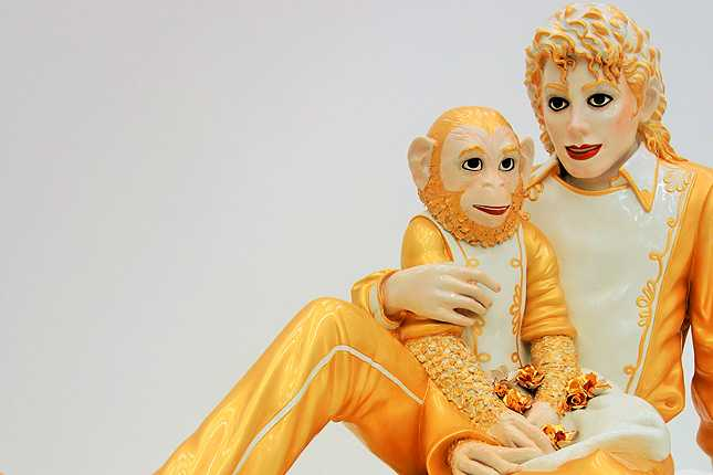 Jeff Koons' Michael Jackson and Bubbles (1988) porcelain sculpture