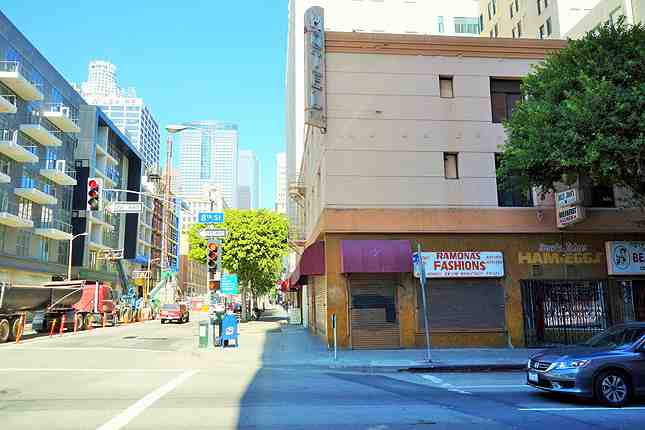 Downtown La S First Dunkin Donuts To Open At 8th Olive