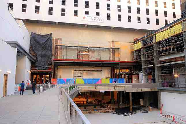 The front of Macy's will include a new second floor restaurant overlooking The Bloc