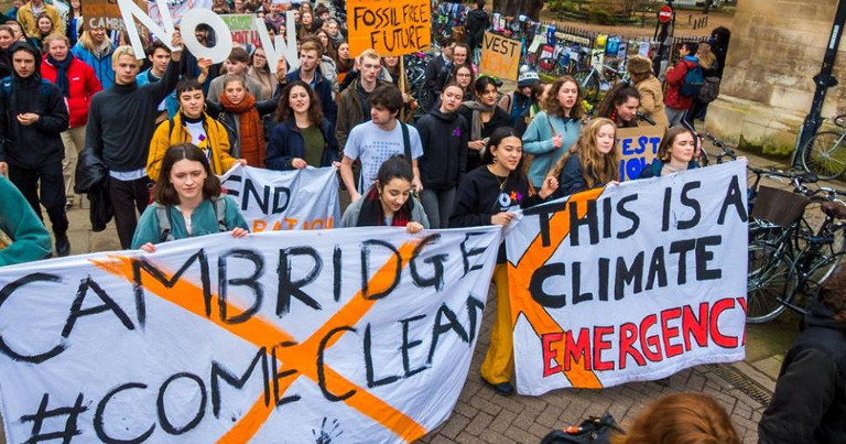 Cambridge Fossil Free protest