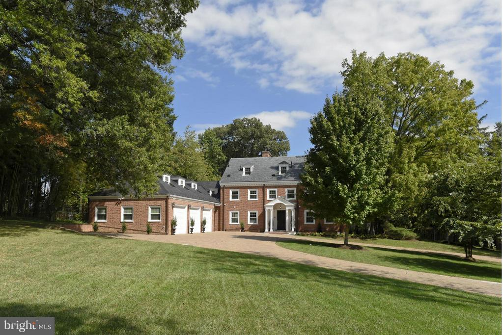 Waterfront estate on the Potomac! Nearly 2 acres, w/100' of water frontage on private road. Spectacular Georgian col, renovated in 2007 w/ sweeping views of river across entire back of house. Pool w/cabana & spa, 2 story storage/boat bldg, skeleton dock & ramp. Designer kitchen & baths. 3-car garage & parking for 15+ cars for events. Unique opportunity! Easy to show!! ***MAJOR PRICE REDUCTION***