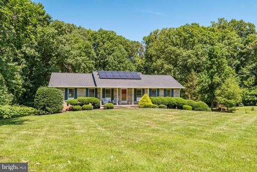 Property for sale at 18 Jefferson Dr, Sterling,  VA 20165