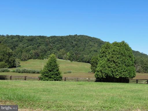 Property for sale at 76 Battle Mountain Rd, Amissville,  Virginia 20106