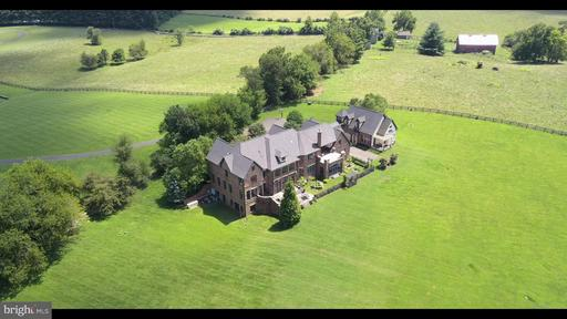 Property for sale at 21051 St Louis Rd, Middleburg,  VA 20117
