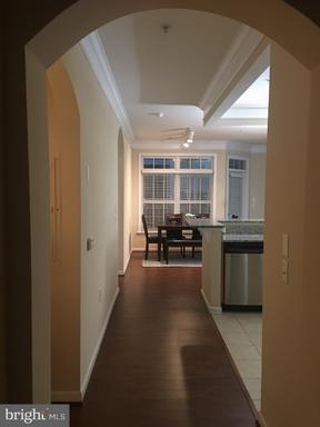 Property for sale at 506 Sunset View Ter Se #103, Leesburg,  VA 20175