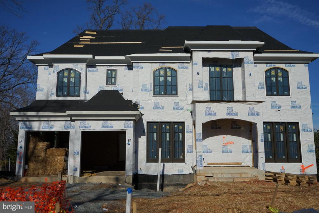 NEW CONSTRUCTION! *TX LV WRONG* Premier Homes presents Monticello to be built. 8400+sqft living. Opn flr pln& ELEVATOR. Chef kitch w/lrg isl. Top of line cabinets & Hrdwr. HW floors ML &UL Hall.  Lib/BD/BA on ML. Scrned Porch  sharing 2sided fpl w/FR. MBR w/stting rm,fpl & scrned porch. LL feat/RR w/2sided fpl,Bar,2BDR,2BA,Spa,Exercise& Outdoor living porch w/kitch and fpl. Extensive moldings. Unparalleled Quality!! OVER $150k SPENT ON OUTDOOR LIVING SPACE!! Deliver March 2019.