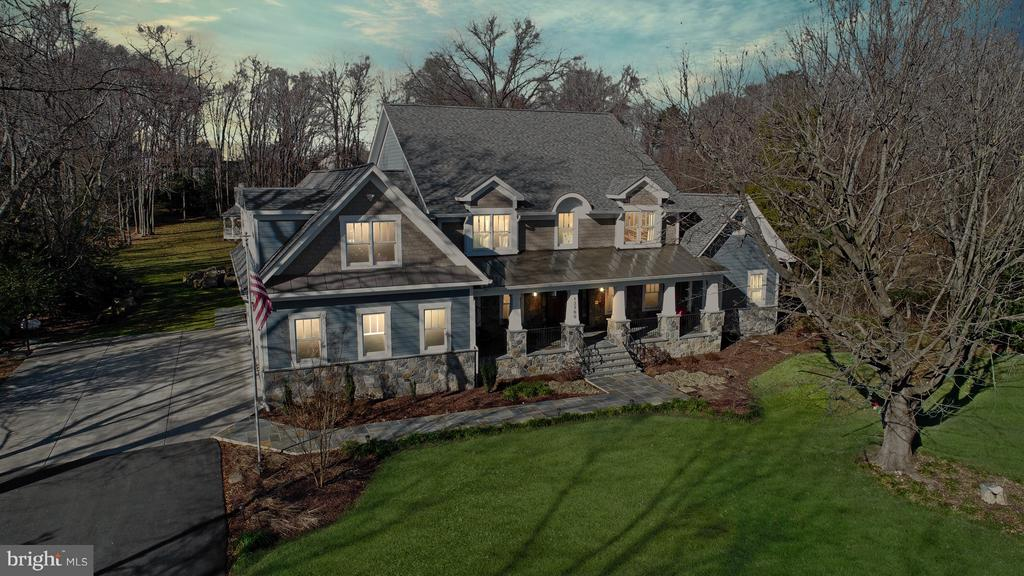 NEW CONSTRUCTION-TO BE BUILT - $1,399,900+ Base Price minutes from the Historic Town of Clifton. This exquisitely crafted Clifton new construction estate is almost ethereal. Designed for quintessential indoor-outdoor living. This expansive light-filled home offers awe-inspiring sweeping forest views through walls of glass and impeccable finishes at every turn.Entertain in the massive great room with a fireplace, served by a sleek open chef~s kitchen. Sip your morning coffee in the breakfast nook over-looking the private backyard.After a long day, nothing compares to the serene master suite. Featuring a spacious sunny bedroom brightened by a window wall, dressing room/walk-in-closets, and a sleek magazine quality luxurious bath.To be built and designed by award-winning Timm Engineering, you have endless choices to design your style of luxury.Situated close to neighborhood parks, trails, golf courses, award-winning restaurants, & great schools. Live life wide open in a home that takes full advantage of Clifton~s big skies, history, and endless wooded views.With three concepts to fit your taste, lifestyle, and budget! This is a custom build so the options are endless and the sky is the limit on finishes! What are you waiting for? Call today to walk the lot and make design choices.  *Home in photo is just an example of type of home that could have built on the property