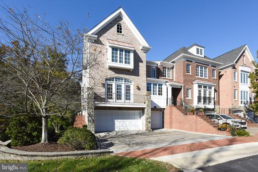 Property for sale at 43468 Castle Harbour Ter, Leesburg,  VA 20176