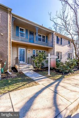 Property for sale at 6185 Vine Forest Ct, Falls Church,  VA 22044