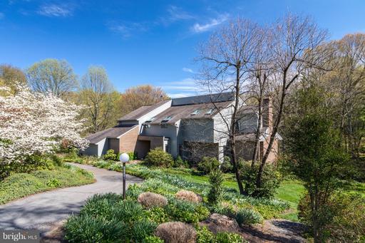 Property for sale at 11119 Sweetwood Ln, Oakton,  VA 22124