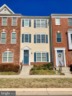 Property for sale at 42824 Nations St, Chantilly,  VA 20152