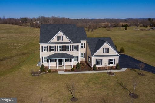 Property for sale at 38516 Titnore Ct, Hamilton,  VA 20158