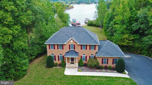 Property for sale at 329 Busbees Point Rd, Bumpass,  Virginia 23024