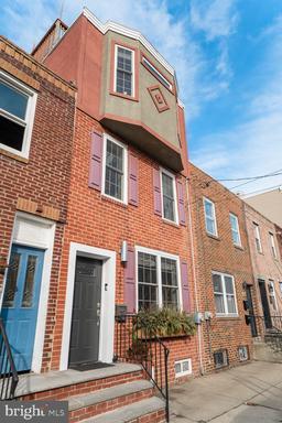 Property for sale at 2017 Carpenter St, Philadelphia,  Pennsylvania 19146