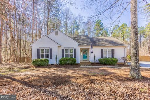 Property for sale at 826 Jackson Rd, Bumpass,  Virginia 23024